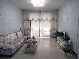 学苑小区老冀中对过3室 2厅 1卫1500元/月