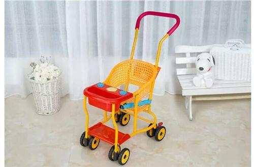 兒童藤椅推車,前后都是雙輪,共八輪。九成新,就在家坐了下。