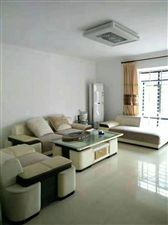 宝龙192平方5室 2厅 3卫250万元