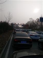新世纪大街大堵车