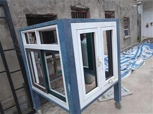 出售双缸空压机   双头塑钢焊机   断桥窗样品    厂里还有电焊工具   有要的尽快联系