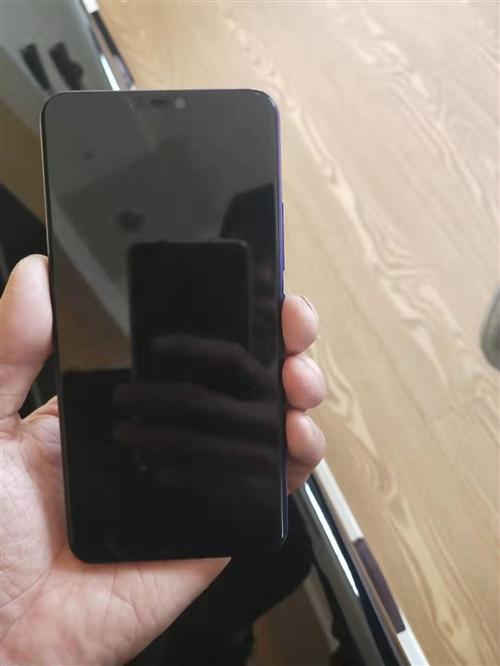 出售vivo手机一台99新用了不到一个月换手机低价出售
