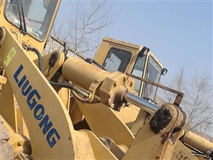 求购二手装载机,挖机