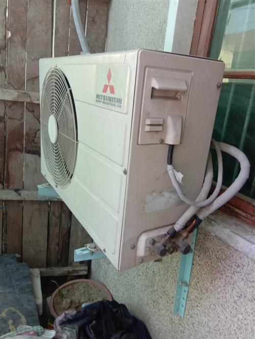 出售空调500元。15890371862急售因搬家?