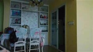 中央豪庭3室 2厅 2卫17800元/月