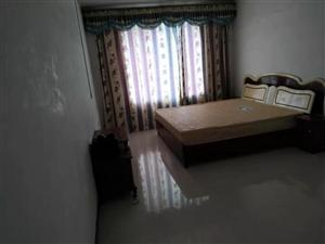 磷矿小区3室 1厅 1卫8000元/年