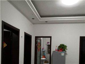两室一厅一厨一卫,家具齐全,精装修,看到时要说威尼斯人线上平台,步行街斜对面