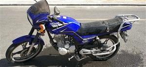 宗申125发动机,买回来?#36745;?#20040;骑,夏天代步,?#39034;?#26032;车。预购从速,好车不等人。价格可小议。