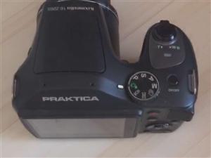新机子   摄像机   送三脚架   送小相机       价格面议 微信sss172248...