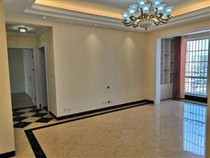 外滩3室 2厅 2卫55万元