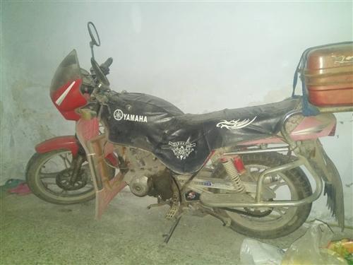 出售邦德125摩托车一辆发动机无杂音,不烧机油