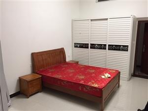爱丁堡花园1室 0厅 1卫650元/月