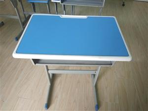 便宜处理辅导班桌椅几十套,联系电话13992758221