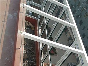 加工安装各种铝合金门窗,隔热断桥,阳光房,玻璃顶,
