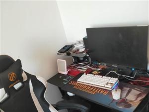 8成新台式电脑加电竞椅加电脑桌