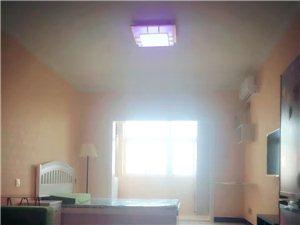 皇马国际1室 1厅 1卫1000元/月