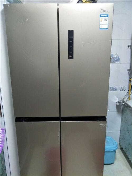 京東剛買的468升十字開門冰箱,家里放不下,現低于原價出售,原價3899,現價3300,非誠勿擾