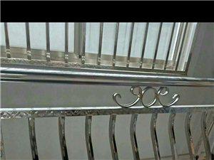 承包各种不绣钢,铝合金窗,活动板房