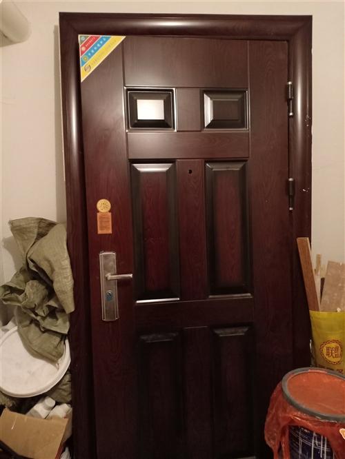 装修换下来的进户门,钥匙都没开封,200元处理