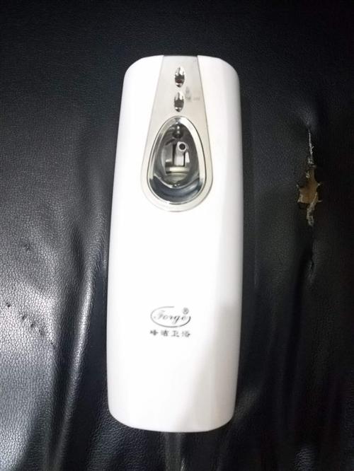 电动自动喷香机,有20多个,九五成新以上,每个20元处理,量大从优!