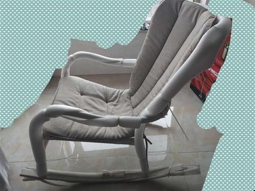 全新摇椅,全友的,微信13191629955