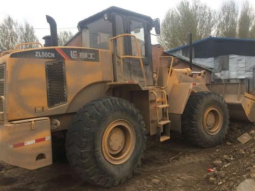 二手裝載機50柳工龍工30個人鏟車出售