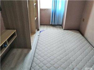 天虹商场后1室 0厅 1卫800元/月