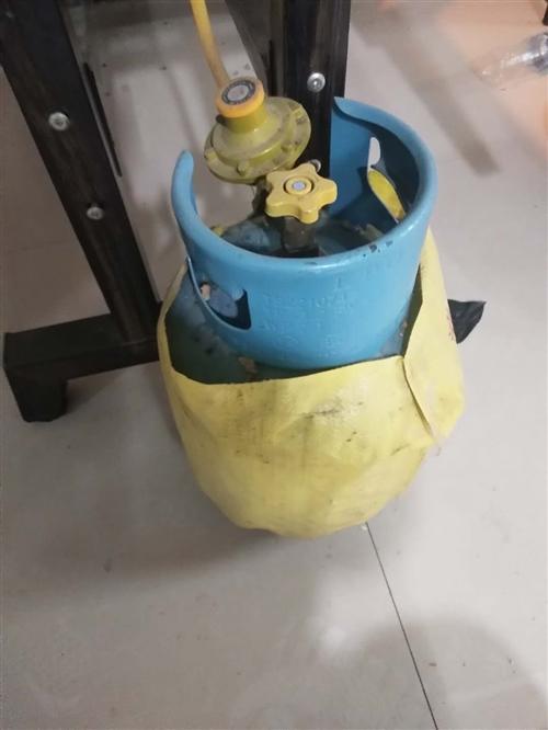 五斤煤气罐  9成新