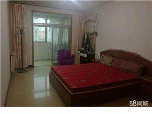 桃苑小区3室 2厅 1卫1300元/月