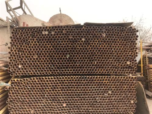 出售工程钢管,扣件等建筑材料,