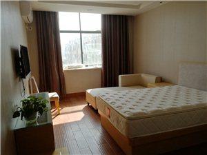 路畅公寓1室 0厅 1卫500元/月