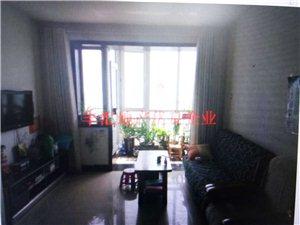 上大公寓复式4室 有小院60万元