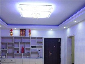 南方翡翠城2室 1厅 带25平露台1200元/月