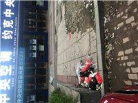 滨湖华城商业街垃圾堆满了街道