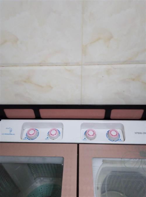 去年11月份買的洗衣機,山東小鴨品牌的,八成新的,快快來搶購啊!!!售價:400元