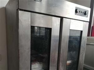 出售 烤箱 和面机 醒发箱  用了不到一年,家里放了?#27426;?#26102;间 ,现?#22270;?#20986;售电话13473778107...