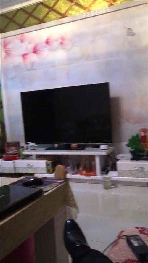 出售   二手八成新   沙发茶几电视柜套装    单双人床各一张  可单卖    价格好商量   ...