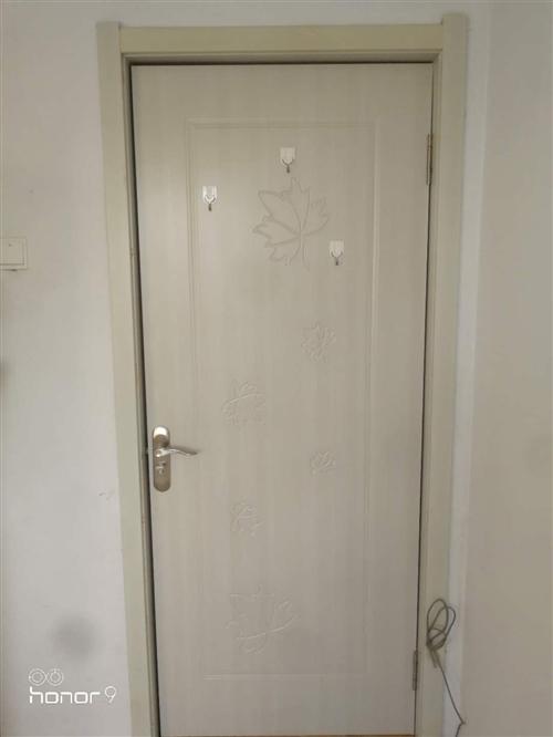 室内套装门  30一套     200*80     自取    一共有5套
