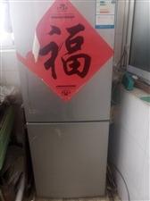 海信冰箱一�_ ���K  先�h小空�{