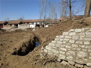 无赖村民偷挖村集体拦水坝