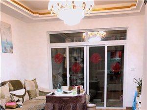 麒龙城市广场3室 1厅 1卫12800元/月