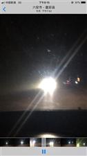 马店镇北新105国道晚上大车不关远光灯,真是让人头疼!