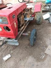 四轮拖拉机