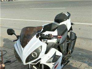 趴赛摩托车出售