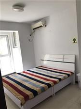 王家嘴小区3室 2厅 2卫833元/月