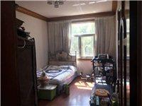 农行小区4室 2厅 2卫2储物间1大棚车位75万元