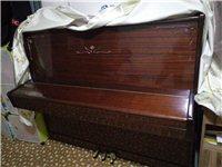 一架自用鋼琴低價出售