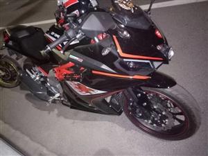 本人出售一台17年GP -ONE 摩托车 车况一切都好 有意者联系