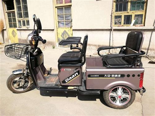 九成新电动三轮车,骑的非常爱惜,寻找有缘人,价格见车面议。