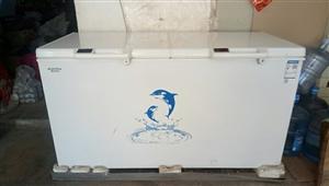 13573415459,澳柯玛冰柜,九成新,用了半年,容量447L,制冷快,耗电量低,人性化调温,正...